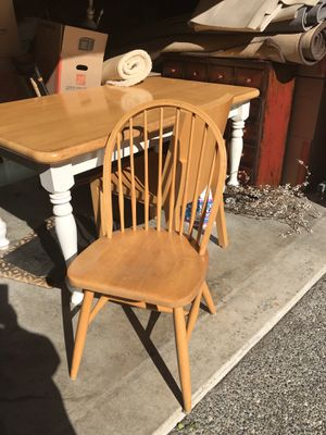 6 kitchen table chairs for Sale in Sammamish, WA