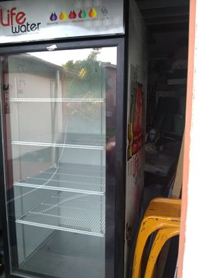 1 door refrigerator in perfect condition brand fogel for Sale in Pembroke Pines, FL