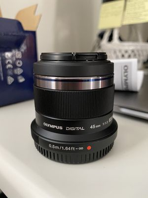*New* Olympus M.Zuiko Digital 45mm f/1.8 Lens (Black) for Sale in Sierra Madre, CA