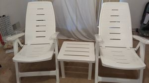 Gracious Living Resin Chair and Table Set for Sale in Pennington, NJ