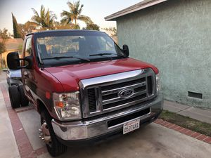 Clean title E350 eco smog check good condition for Sale in Cudahy, CA
