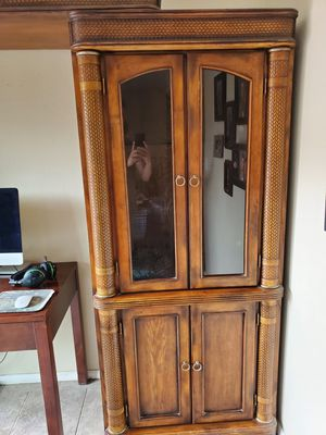 Free Wood Cabinet for Sale in Millcreek, UT