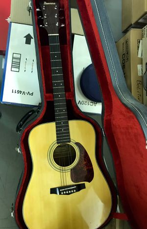 Ibanez v300 acoustic guitar with case for Sale in Burbank, CA
