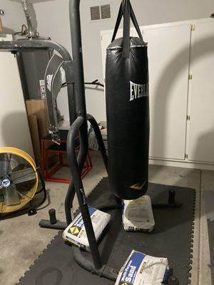 Heavy bag and speed bag stand for Sale in Goodyear, AZ