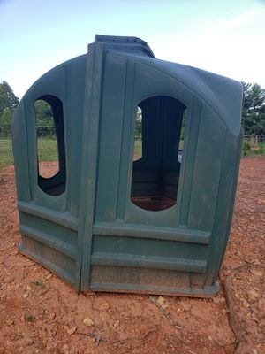 Hay hut holds 5x5 for Sale in Ferrum, VA