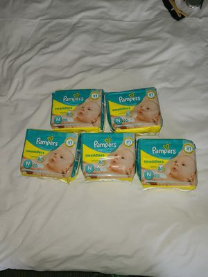 Pampers Swaddlers Size N 100ct for Sale in Grand Prairie, TX