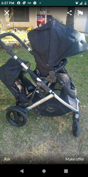 Britax b ready double stroller for Sale in Dallas, TX