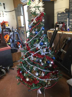 Decorated Christmas tree for Sale in Kissimmee, FL