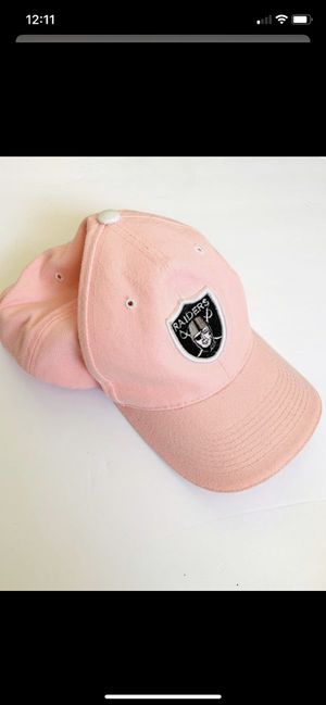 Women's raiders pink ball hat for Sale in Federal Way, WA