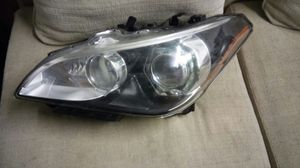 Infiniti parts m37 m56 q70 driver left headlight sports model for Sale in Miami, FL