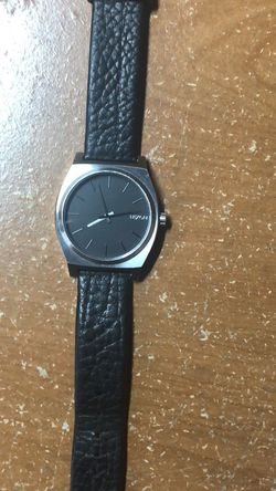 Nixon Stainless Steel / Leather strap watch for Sale in Pensacola,  FL