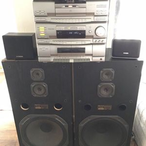 """FISHER TAD-9715 Studio 24 Radio, 24 Disk CD, cassette & dubber, surround sound 15"""" WOOFERS for Sale in Fresno, CA"""