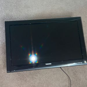 32 Inch Toshiba HD TV for Sale in Owings Mills, MD