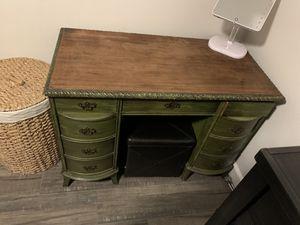 Vanity / desk for Sale in San Bernardino, CA