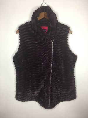 Patagonia vest jacket fluffy purple for Sale in Chino, CA