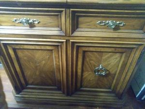 Furniture/Stand for Sale in Cleveland, OH