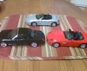 1-24scale diecast cars. 3 of them. for Sale in Peoria, AZ