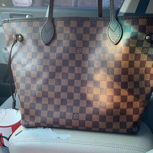 Louis Vuitton Never Full Shoulder Bag for Sale in Houston, TX
