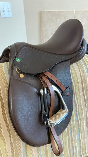 Avant Pony Saddle 14 inch/wide for Sale in Renton, WA