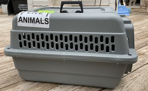 Small dog crate for Sale in Sterling, VA