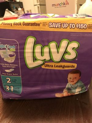 Luvs,pampers 4 pack 2 of each for Sale in Morrisville, PA