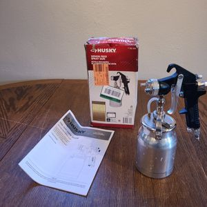 Husky 762 034 Siphon Feed Spray Gun for Sale in Tucson, AZ