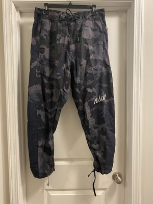 Nike NSW Men's Size Medium Loose Fit Jogger Pants Blue Camo 930253-475 MSRP $120 for Sale in Austell, GA