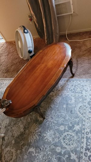 Antique coffee table for Sale in Menifee, CA