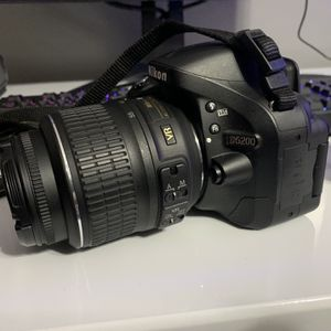 Nikon D5200 and 3 Lenses for Sale in Stow, OH
