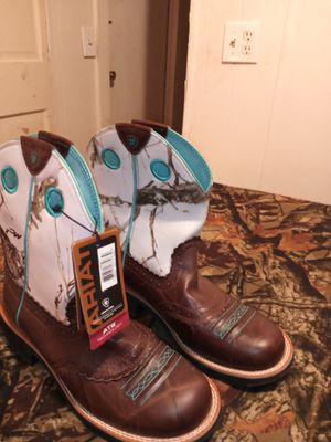 Fatbaby cowgirl boots for Sale in Judsonia, AR