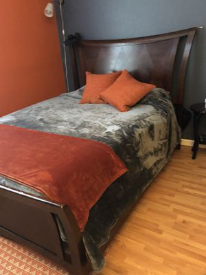 Dark Brown Queen Wood Sleigh Bed for Sale in San Diego, CA
