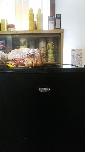 Mini fridge brand new sunbeam works excellent for Sale in Cleveland, OH