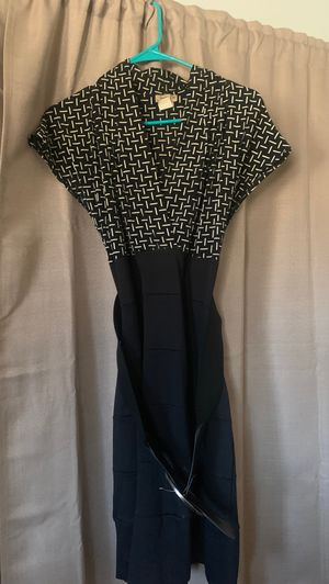 Woman's dress for Sale in Apple Valley, CA