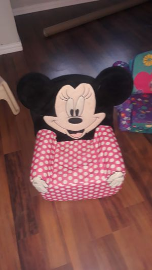 Minnie Mouse chair for Sale in Watauga, TX