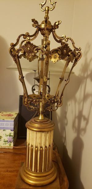 antique lamp for Sale in Stockbridge, GA