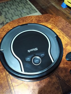 Shark robot vacuum for Sale in Lorain, OH