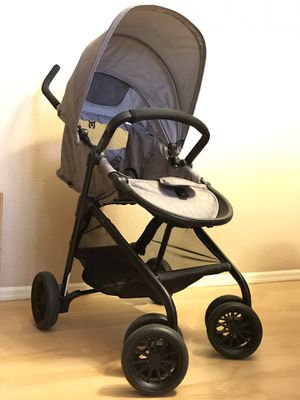 Evenflo Sibby Travel System With Car Seat . for Sale in Phoenix, AZ