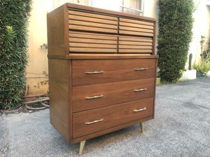 MID CENTURY TALL DRESSER for Sale in Arcadia, CA