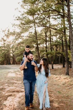 FAMILY PHOTOS - PHOTOGRAPHER for Sale in Ontario, CA