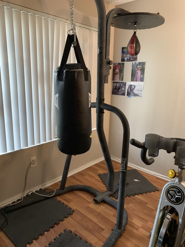 Live strong cycle & heavy bag set up