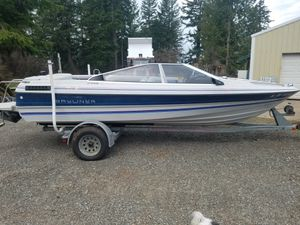85 Bayliner great boat runs everything works needs interior work for Sale in Beavercreek, OR