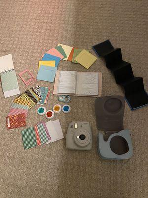 Polaroid insta mini 9 with accessories for Sale in Warrenville, IL