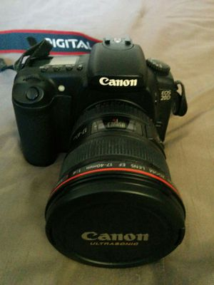 Canon wide angle Zoom Len EF 17-40mm L Utlrasonic for Sale in Germantown, MD
