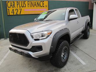 2017 Toyota Tacoma SR for Sale in Los Angeles,  CA