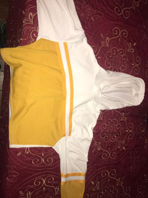 Yellow Crop top Hoodie for Sale in Baldwin Park, CA