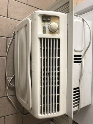 Kenmore air conditioner for Sale in Brooklyn, NY