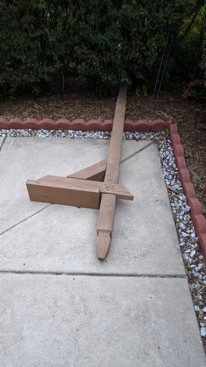 FREE USED WOODEN MAILBOX POST for Sale in Bolingbrook, IL