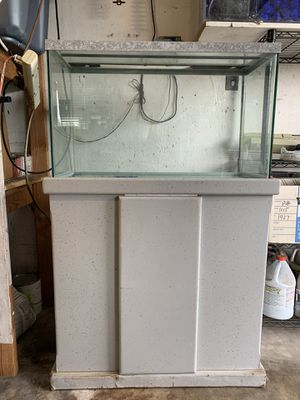 30 gallon fish tank with stand and extras for Sale in Garden Grove, CA