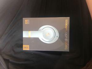 beats studio3 wireless headphones for Sale in Mars, PA