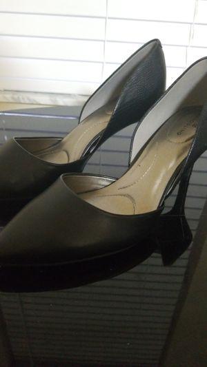 Sophisticated Bandolino Gingere3 heels for Sale in Lakeland, FL